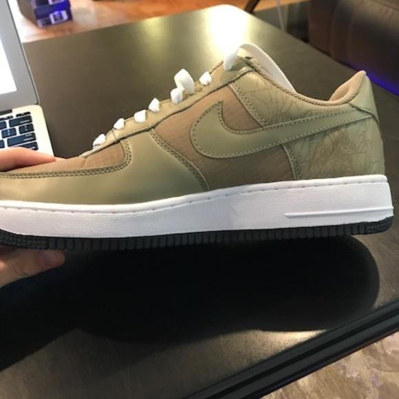 **NWOT**Nike Air Force 1 Military QK